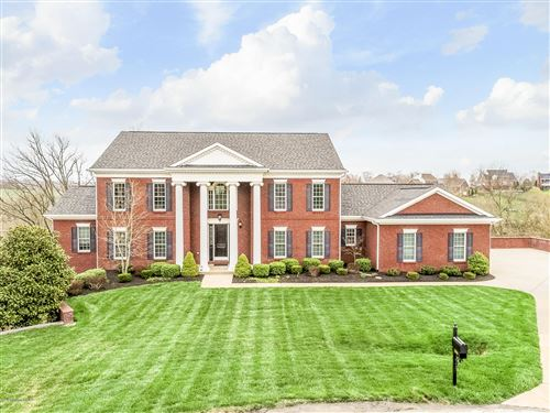 Photo of 3900 Clarke Pointe Ct, Crestwood, KY 40014 (MLS # 1555885)