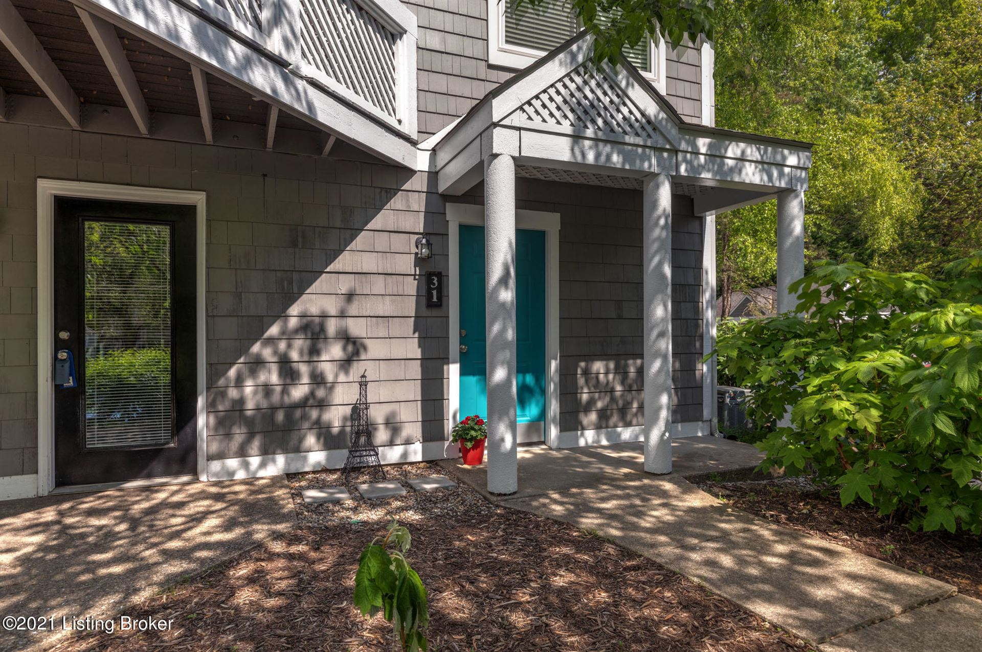 Photo of 31 Lake Ave, Louisville, KY 40206 (MLS # 1584887)