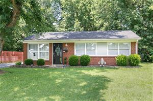 Photo of 5005 Constance Dr, Louisville, KY 40272 (MLS # 1537893)
