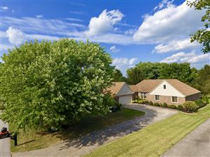 Photo of 143 Winding Way, Shelbyville, KY 40065 (MLS # 1540925)
