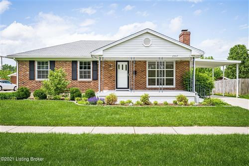 Photo of 2907 Englewood Ave, Louisville, KY 40220 (MLS # 1584928)