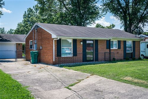 Photo of 343 Norwood Way, Louisville, KY 40229 (MLS # 1565931)