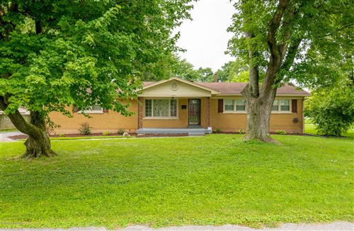Photo of 6501 Connie Dr, Louisville, KY 40258 (MLS # 1565949)