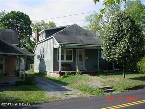 Photo of 1116 Henry Clay St, Shelbyville, KY 40065 (MLS # 1586953)