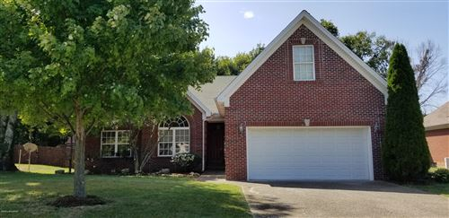Photo of 3219 S Winchester Acres Rd, Louisville, KY 40223 (MLS # 1548962)