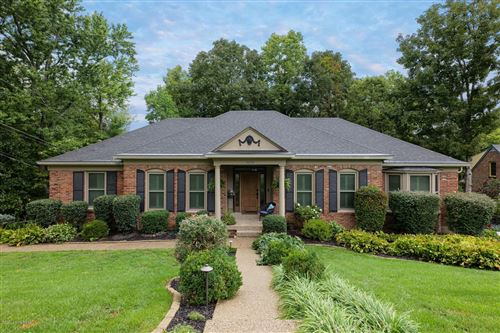 Photo of 5230 Moccasin Trail, Louisville, KY 40207 (MLS # 1568962)