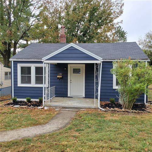 Photo of 1104 Brown Ave, Shelbyville, KY 40065 (MLS # 1544973)