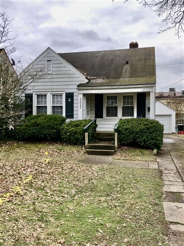 Photo of 3922 Staebler Ave, Louisville, KY 40207 (MLS # 1552973)