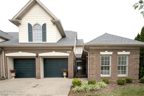 Photo of 2423 Tradition Cir, Louisville, KY 40245 (MLS # 1577983)