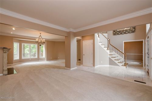 Photo of 17108 Mallet Hill Dr, Louisville, KY 40245 (MLS # 1572986)