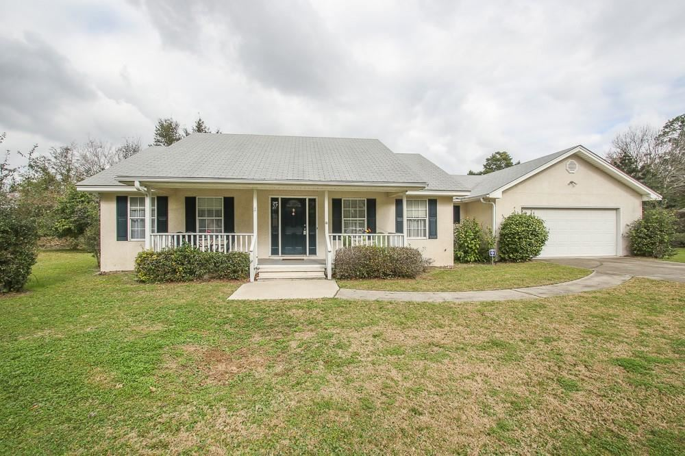 Photo for 104 Crystal Cove, Brunswick, GA 31525 (MLS # 1604697)