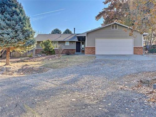 Photo of 526 Oriole Drive, Grand Junction, CO 81507 (MLS # 20196238)
