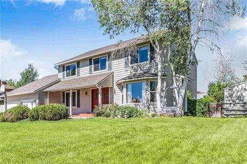 Photo of 811 Lanai Drive, Grand Junction, CO 81506 (MLS # 20212633)