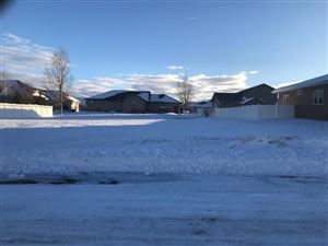 Photo of 1312 Derby DR, GREAT FALLS, MT 59404 (MLS # 18-29)