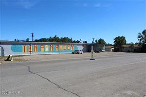 Photo of 962 Oilfield AVE, SHELBY, MT 59474 (MLS # 19-123)