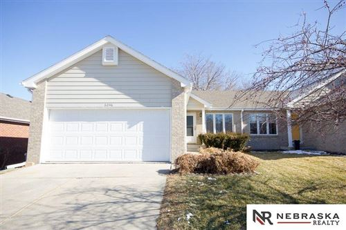 Photo of 6046 Old Farm Circle, Lincoln, NE 68512 (MLS # 22003003)