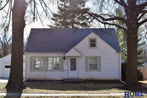 Photo of 5025 South Street, Lincoln, NE 68506 (MLS # 22000055)