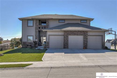 Photo of 11019 Edgewater Drive, Papillion, NE 68046 (MLS # 22029093)