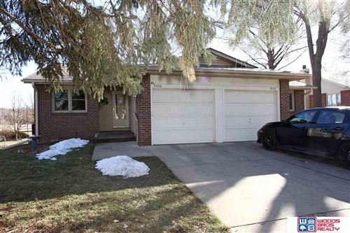 Photo of 5330 Stonecliffe Drive, Lincoln, NE 68516 (MLS # 22103169)