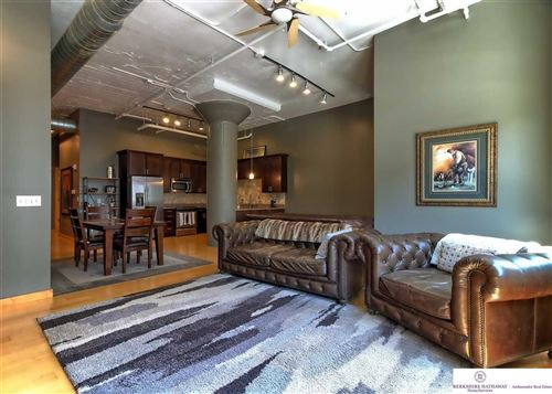 Photo of 902 Dodge Street, Omaha, NE 68102 (MLS # 22014186)