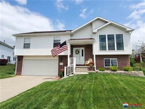 Photo of 3010 S 79th Street, Lincoln, NE 68506 (MLS # 22016216)