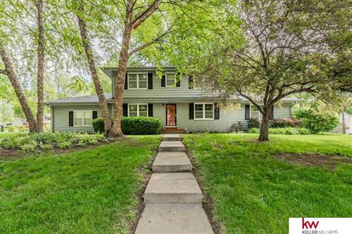 Photo of 2211 Ridgewood Avenue, Omaha, NE 68124 (MLS # 22012227)