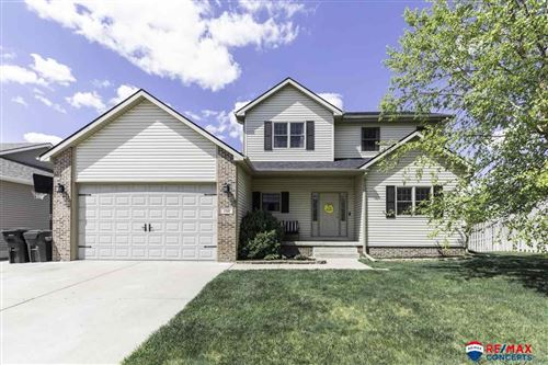Photo of 1510 Blanca Drive, Lincoln, NE 68521-7415 (MLS # 22110234)
