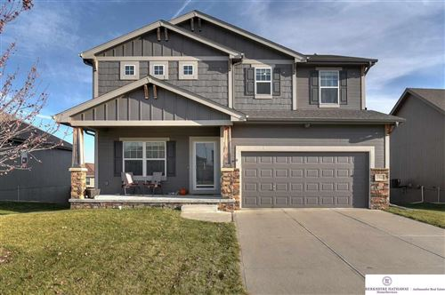 Photo of 10625 S 111 Street, Papillion, NE 68046 (MLS # 21927245)