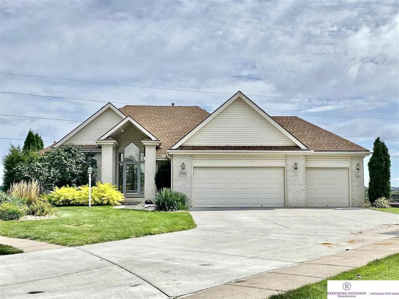17025 Hamilton Circle, Omaha, NE 68118 - MLS#: 22122252