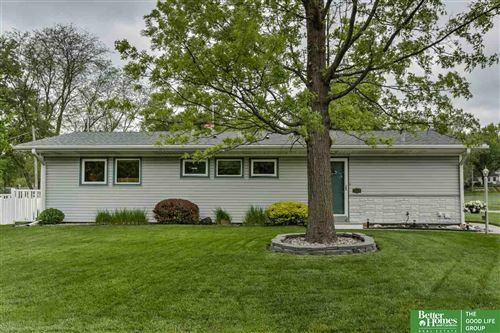 Photo of 7604 Lafayette Avenue, Omaha, NE 68114 (MLS # 22012262)