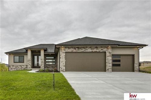Photo of 18216 Cheyenne Road, Omaha, NE 68136 (MLS # 22024263)