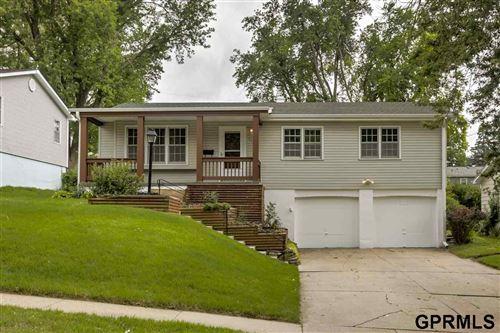 Photo of 6405 Parkview Lane, Omaha, NE 68104-0000 (MLS # 22016267)