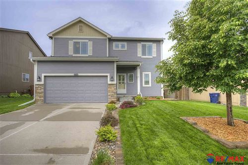Photo of 4611 Clearwater Drive, Papillion, NE 68133 (MLS # 22013356)