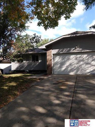 Photo of 4236 S Duxhall Drive, Lincoln, NE 68516 (MLS # 22124364)