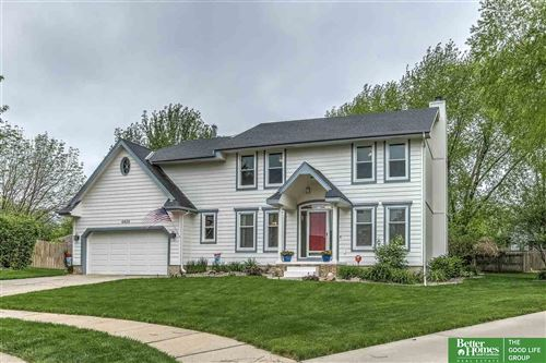 Photo of 6428 S 156th Avenue Circle, Omaha, NE 68135 (MLS # 22012373)