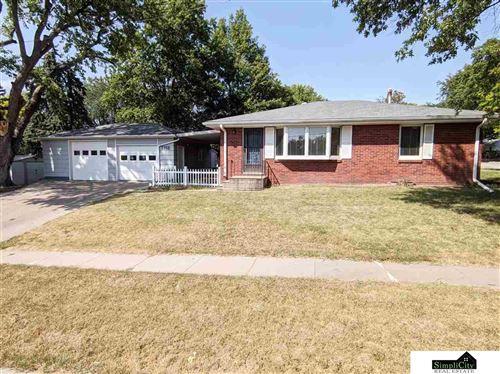 Photo of 5740 Aylesworth Avenue, Lincoln, NE 68505 (MLS # 22022376)