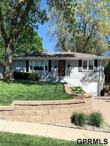 Photo of 825 N 75 Street, Omaha, NE 68114 (MLS # 22109384)