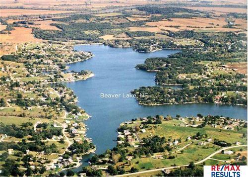 Photo of 2002 Beaver Lake Boulevard, Plattsmouth, NE 68048 (MLS # 22019528)