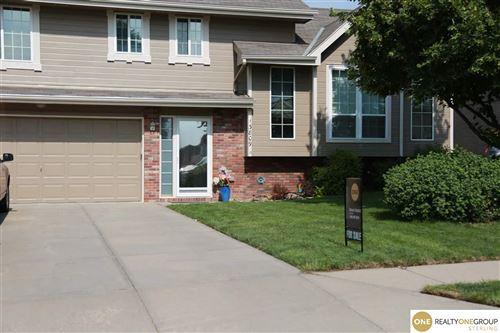 Photo of 13809 Springview Drive, Papillion, NE 68133 (MLS # 22117536)