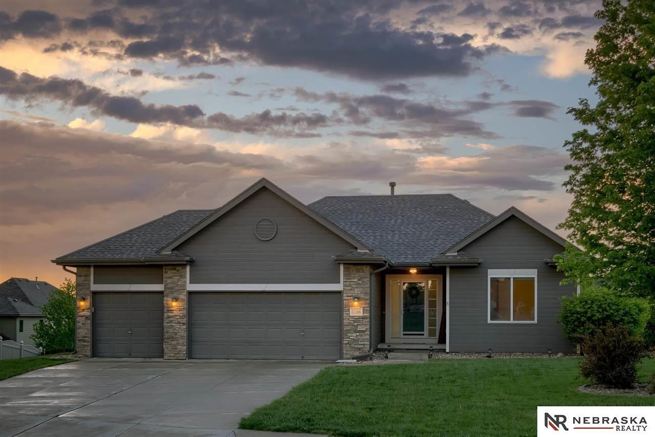 17106 Palisades Drive, Omaha, NE 68136 - MLS#: 22109572
