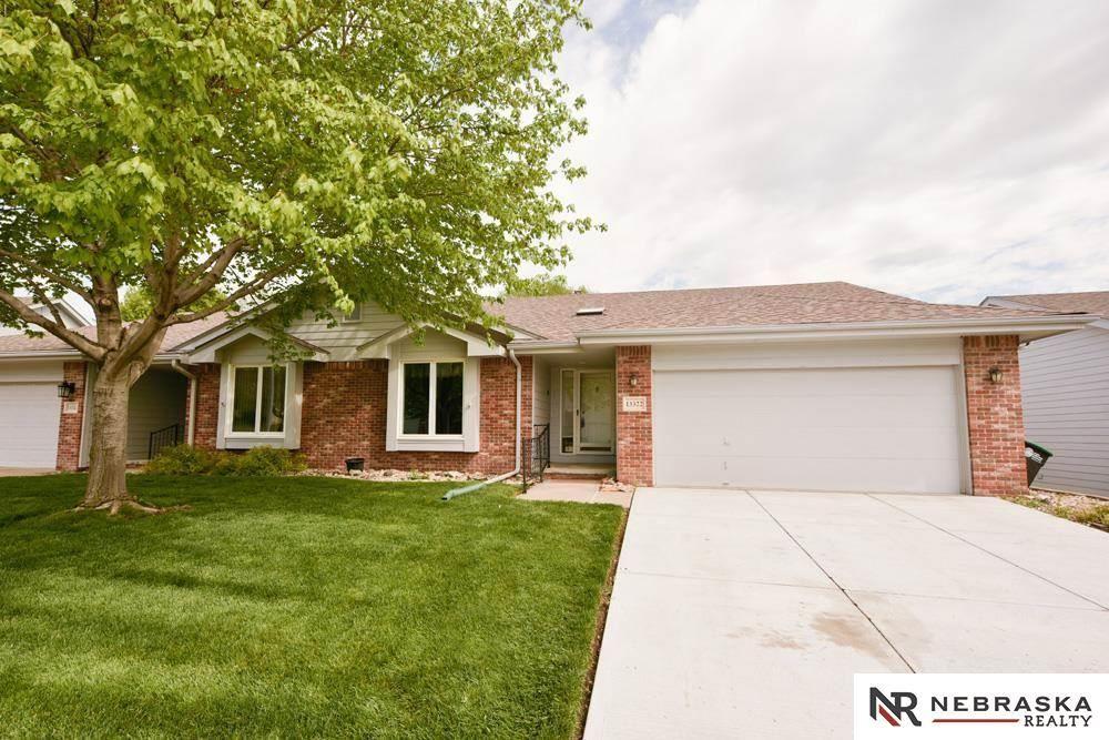 13322 Hillsborough Drive, Omaha, NE 68164 - MLS#: 22109574