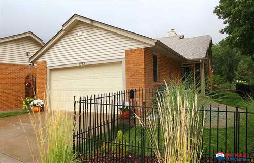 Photo of 6942 Old Post Place, Lincoln, NE 68516 (MLS # 21918586)