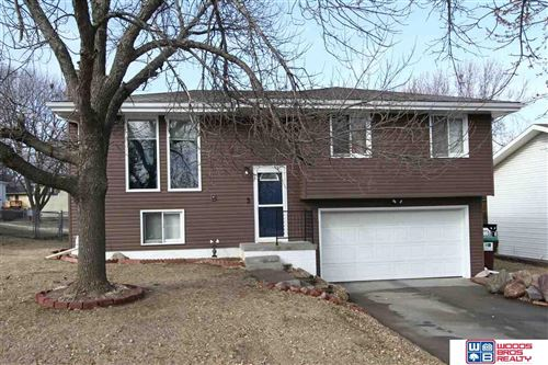Photo of 5801 S 52nd Street, Lincoln, NE 68516 (MLS # 22003589)
