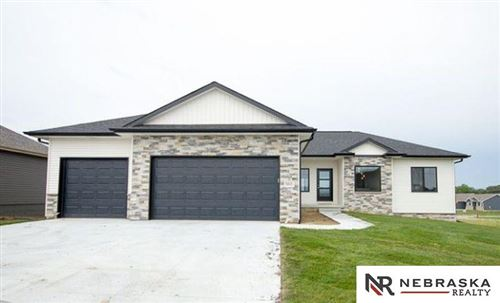 Photo of 9805 Fairbury Lane, Lincoln, NE 68516 (MLS # 22003664)
