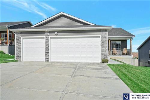Photo of 4300 W Ludwig Drive, Lincoln, NE 68528 (MLS # 22124675)