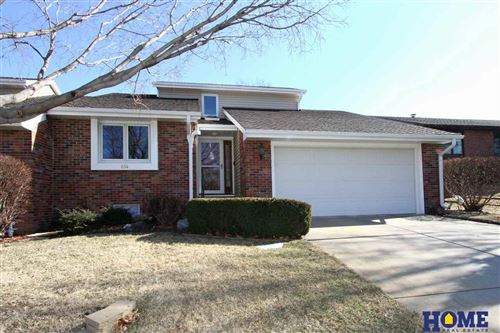 Photo of 934 Rockhurst Drive, Lincoln, NE 68510 (MLS # 22003697)