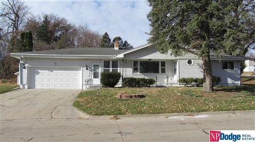 Photo of 5403 Grand Avenue, Omaha, NE 68104 (MLS # 22028703)