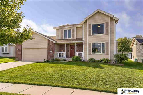 Photo of 1833 Spring Meadow Drive, Lincoln, NE 68521 (MLS # 22023756)