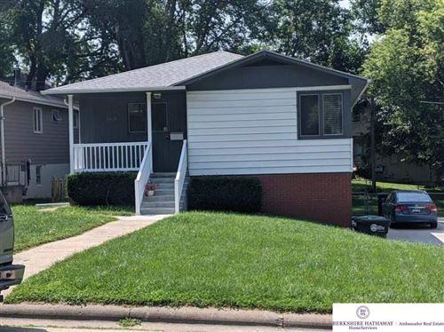 Photo of 5629 Parker Street, Omaha, NE 68104 (MLS # 22117790)