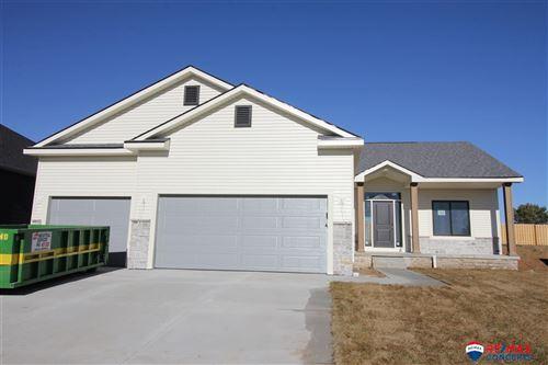 Photo of 10308 White Pine Road, Lincoln, NE 68527 (MLS # 22021796)